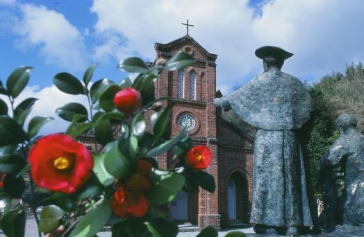 Dozaki Church & Camellia 2