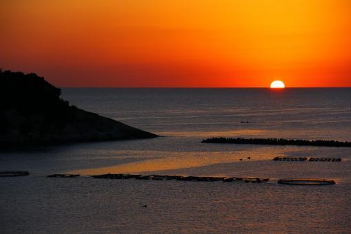 Sunrise at Neo