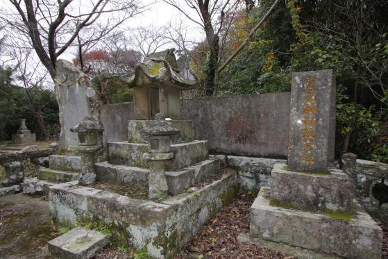 Kamayama Shrine (Mikawachicho)