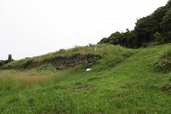 Hinoe Castle Ruins 3