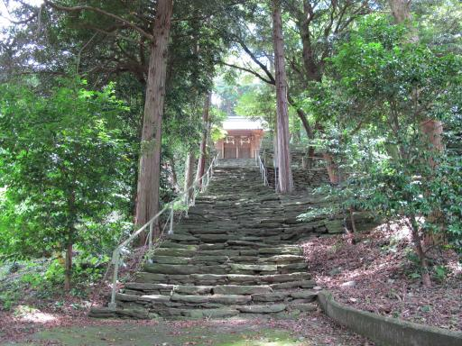 Yukinoura Kumano Shrine