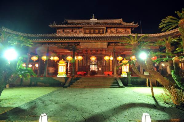Nagasaki Lantern Festival (Kofukuji Temple)